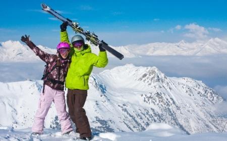 Горнолыжные спортивные мужские перчатки: профессиональные модели для занятий беговыми лыжами