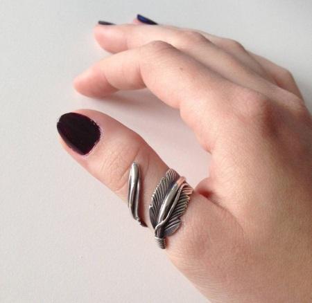 Зачем лесбиянки носят кольца на мизинце фото 254-183