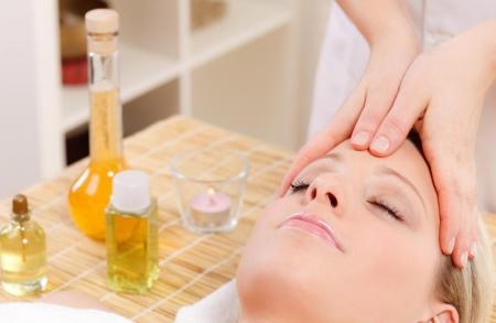Абрикосовое масло для лица: применение масок от морщин из косточек абрикоса, отзывы