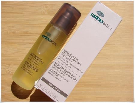 Масло для упругости кожи: какие подтягивают живот, грудь и что можно наносить на тело