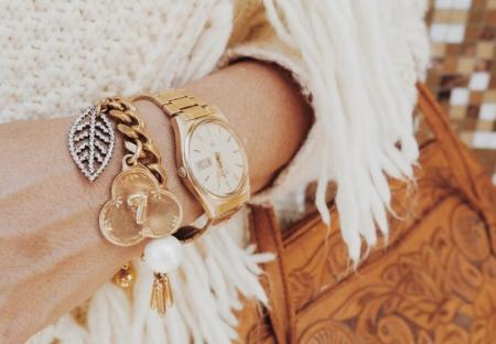 Именные браслеты (58 фото): аксессуар с именем на руку, как делать из бусин и мулине украшения с буквами имени