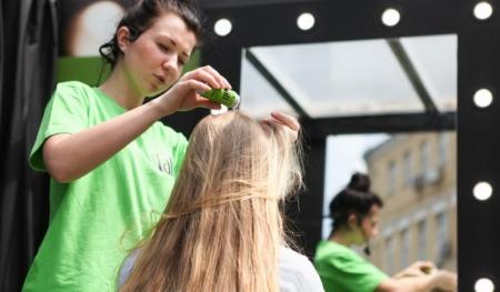 Сухой лак для волос: марки Schwarzkopf, Estel и L - Oreal, отзывы о распылении