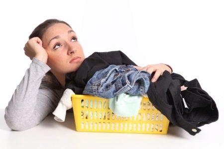 Как отстирать жирное пятно на джинсах? Как быстро убрать загрязнение с джинсов, чем удалить в домашних условиях