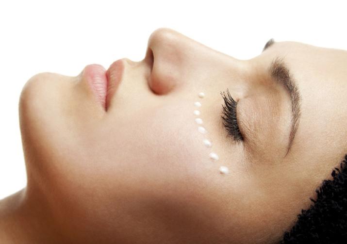 Крем вокруг глаз Nivea: серия от морщин Q10, средство для кожи век, отзывы