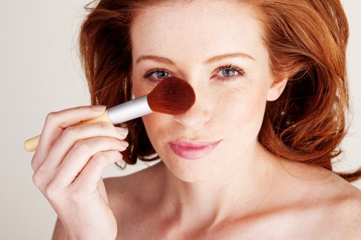 Как правильно наносить пудру? Как нанести на лицо, пользоваться рассыпчатой пудрой и использовать тональный крем