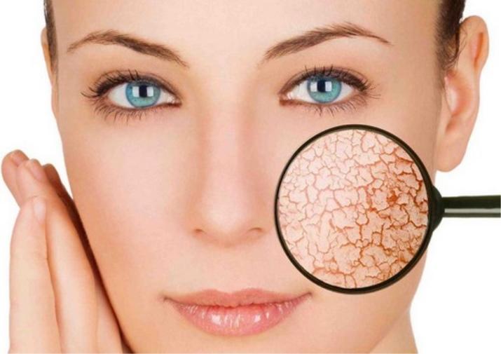 Как в домашних условиях сохранить кожу лица молодой и упругой