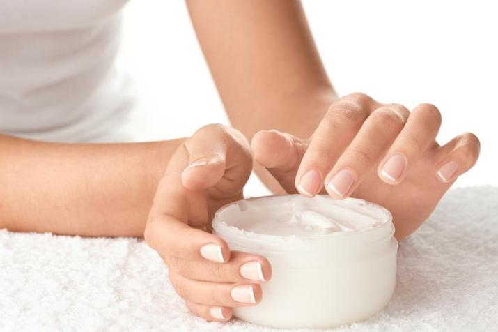 Выбираем лучший крем для рук (56 фото): хороший профессиональный уход, можно ли наносить на лицо, отзывы