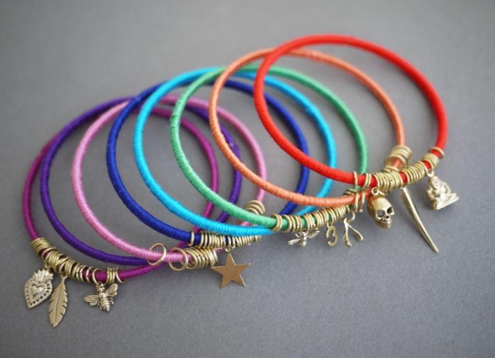 браслеты из ниток 76 фото плетем нити мулине фенечка из