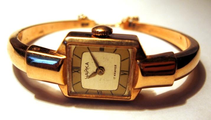Золотые наручные часы российского производства: женские и ...