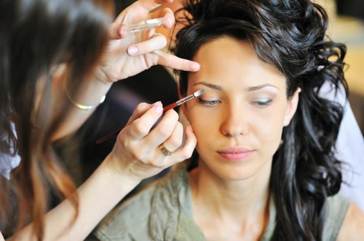 Как увеличить с помощью макияжа глаза? 47 фото: make-up для маленьких глаз