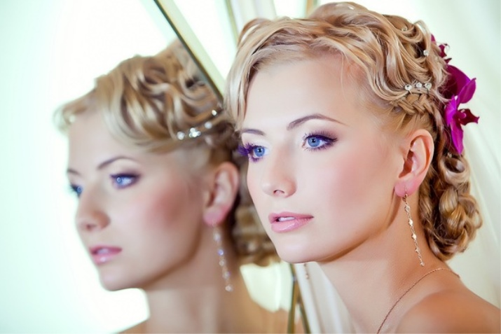 Фото летних причесок и макияжа