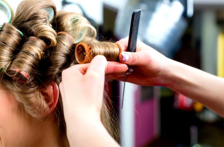 Большие бигуди (21 фото): как сделать своими руками для кудрей, крупные и средние размеры для объема длинных волос