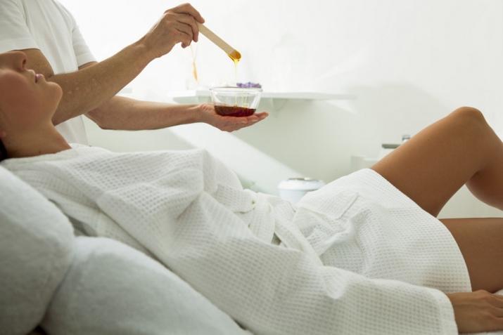 Чем обезболить зону бикини перед депиляцией